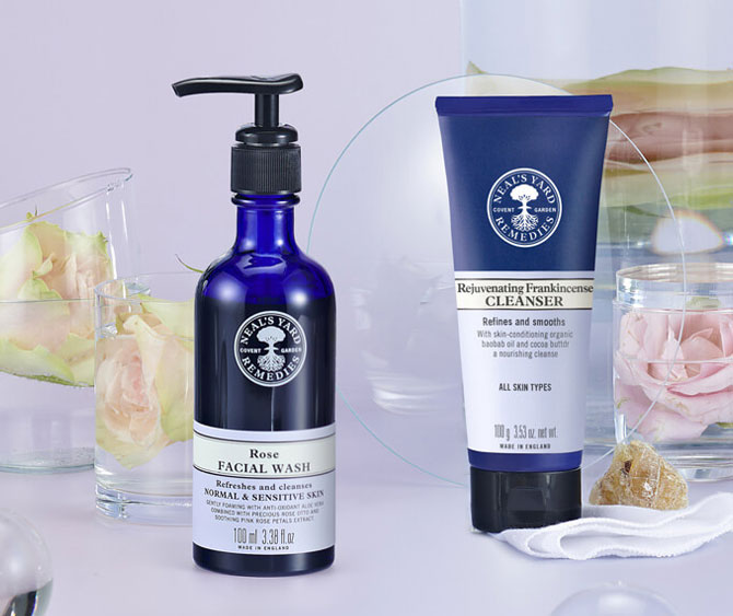 Facial cleansers & washes